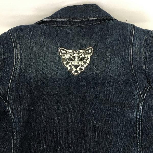 Strass applicatie tijger op jeans vest