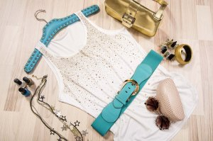 Zomer blouse en accessories met glitter strass steentjes